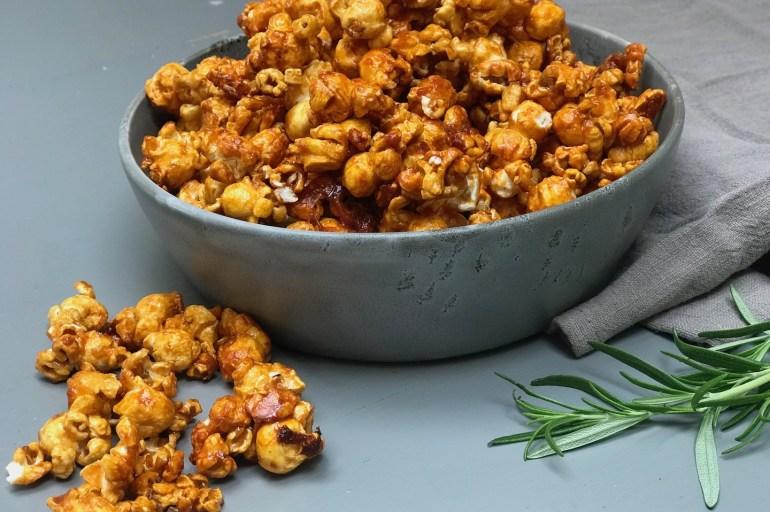 Karamellisert popcorn