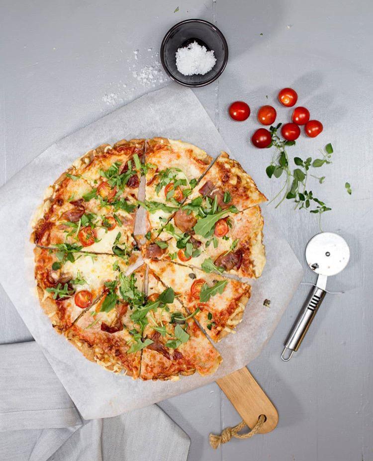 glutenfri pizza. Helios