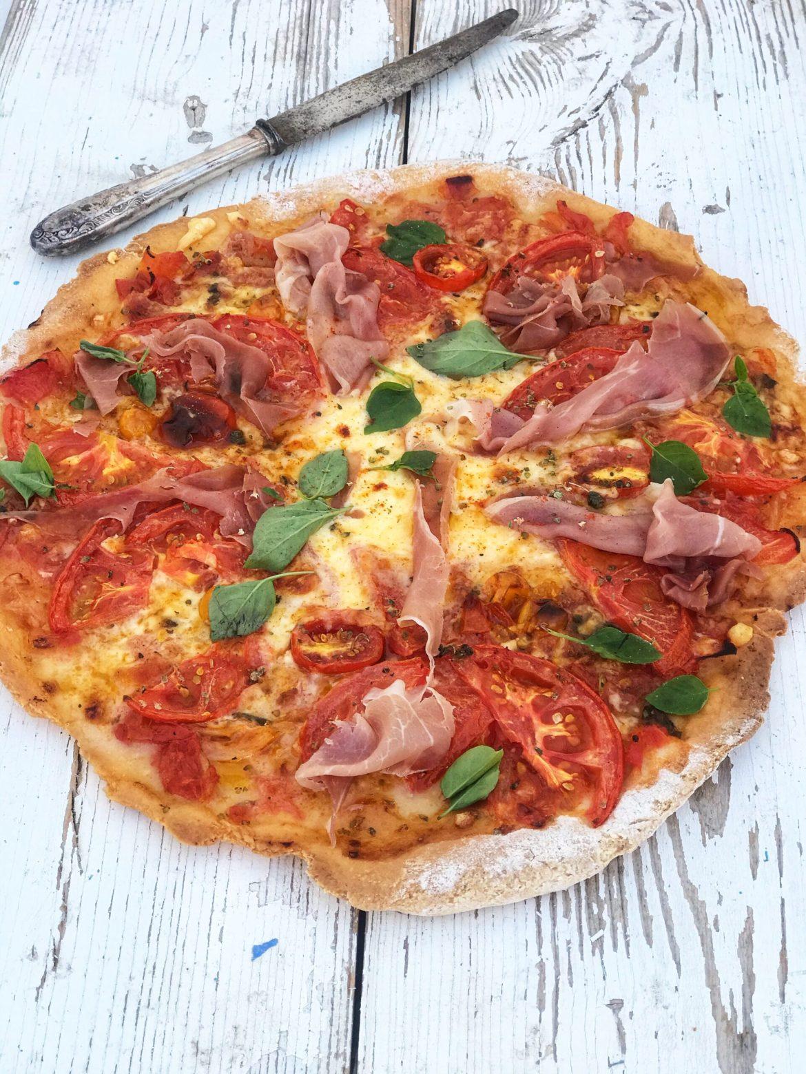 "Glutenfri ""Caprese""pizza"
