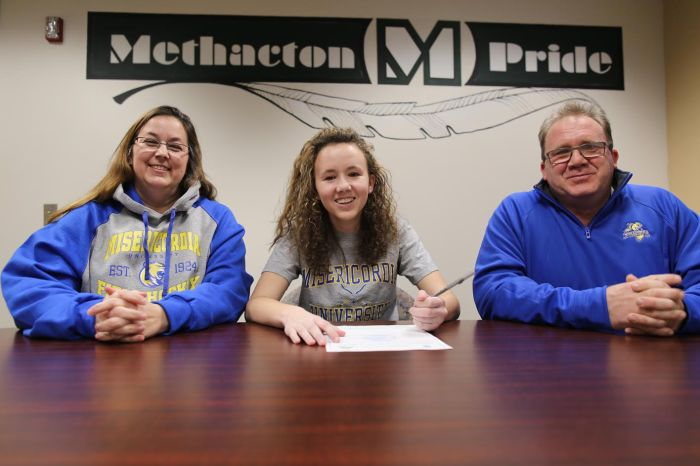 Methacton's Kelsey Shoemaker selects Misericordia
