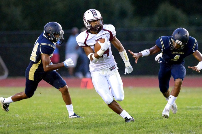 Pennsbury, Bensalem football both need wins to make districts