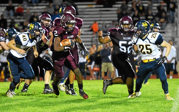 Pottsgrove running back Rahsul Faison breaks off a 44-yard touchdown run during the second quarter against Upper Perkiomen. (Austin Hertzog - Digital First Media)