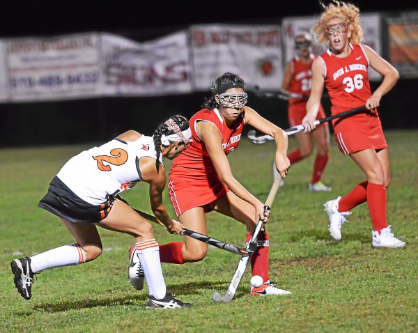Perkiomen Valley's Natalie Johnston and Owen J. Roberts' Sarah Garritano battle for possession during the first half. (Sam Stewart - Digital First Media)