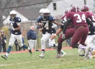 Quentin West paced Sun Valley's ground game with 110 yards on 16 carries in a 14-10 loss to Chichester.