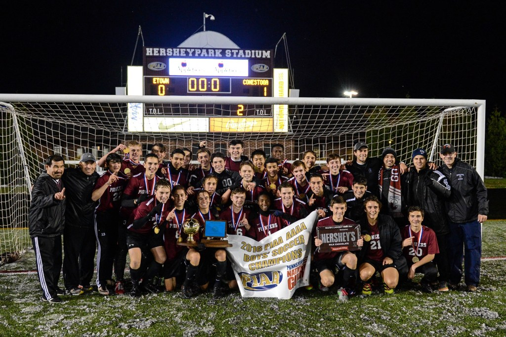 Conestoga poses for a team photo after defeating Elizabethtown in the PIAA Class 4A boys soccer championship at Hersheypark Stadium in Hershey, PA on November 19, 2016. Mark Palczewski | Special to PA Prep Live.