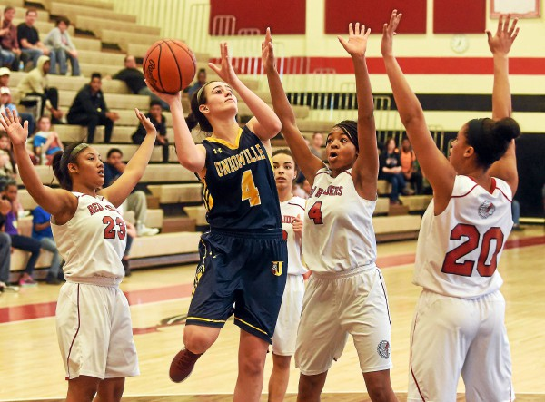 Girls' basketball: Coatesville overcomes big early deficit to win district opener