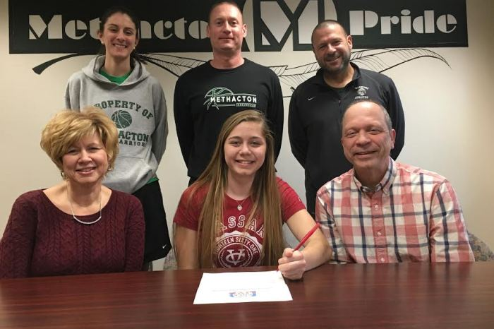 Methacton's Ryan DeOrio signs on with Vassar College