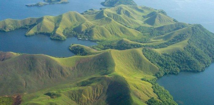 Sentani Lake Papua Travel Guide
