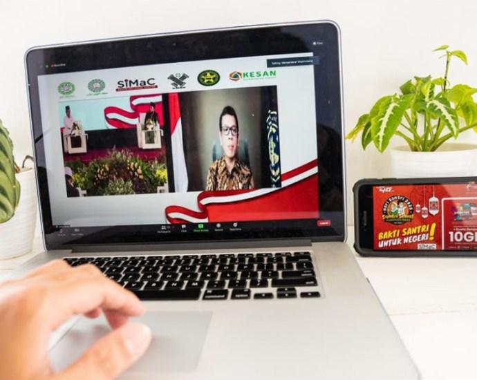 Telkomsel Maknai Hari Santri Nasional dengan Memperkuat Potensi Santri Dalam Pengembangan Solusi Digital. PbP/EKA