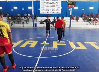6 Fans Member Club Manokwari Gelar Lomba Futsal