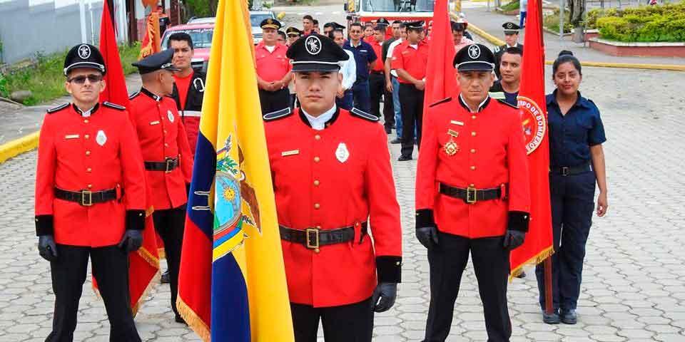bombero-ecuatoriano