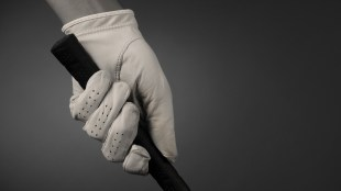 6 Proper Golf Grip Tips for Beginners