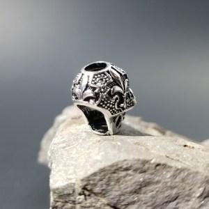 Fleur de Lis Punk Skull Bead