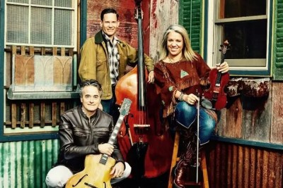 Hot Club of Cowtown at the Iron Horse