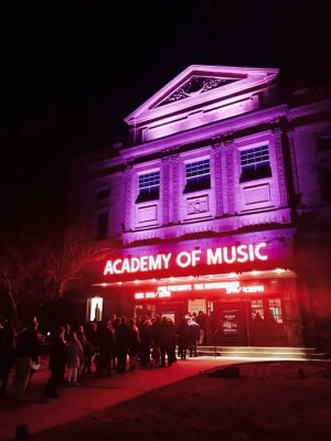 Shawn Colvin at Historic Academy of Music Theatre (November 11, 2019)