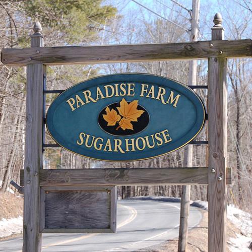Paradise-Farm-Sign-w