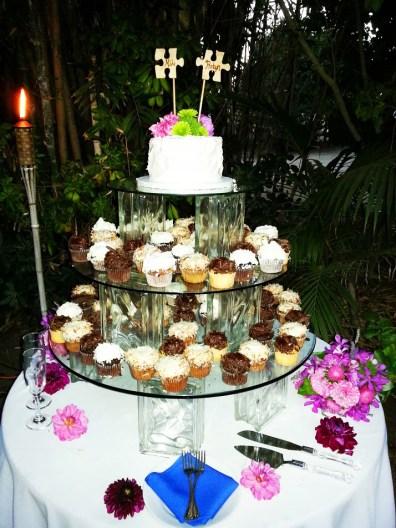 San Diego Outdoor Wedding Cupcakes