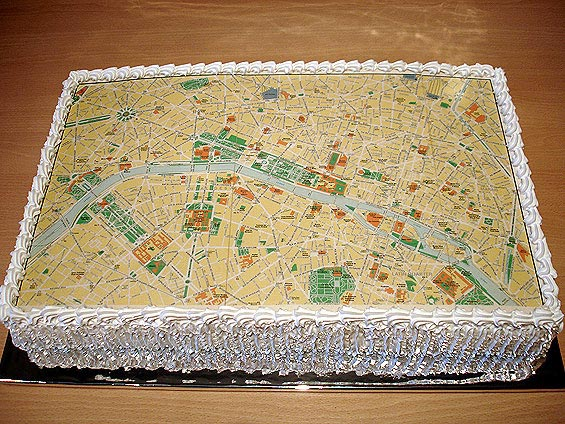 map_of_paris_cake