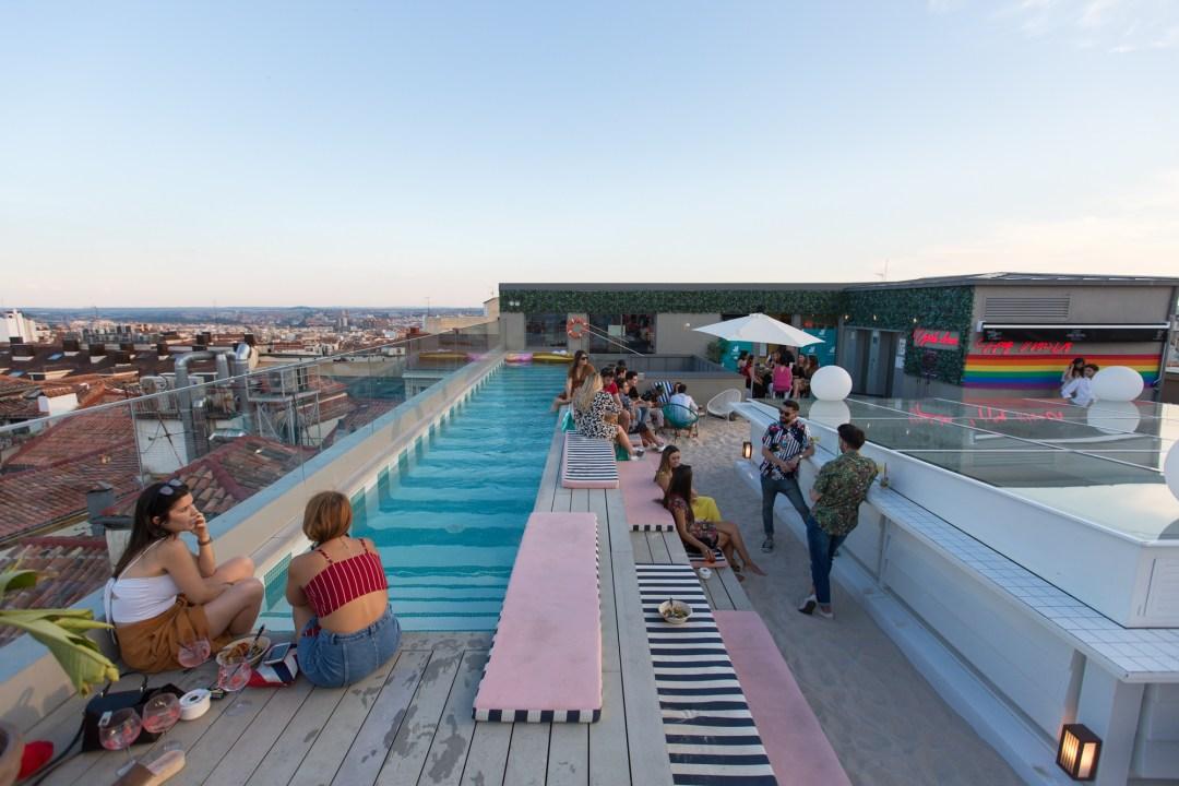 EVENTO MARKETING DELIVEROO PLAYA MADRID HOTEL AZOTEA