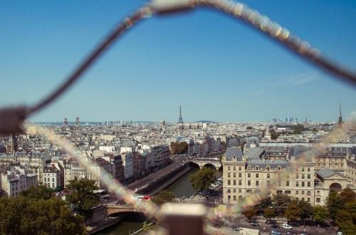 Paris et appartements vus encadrés
