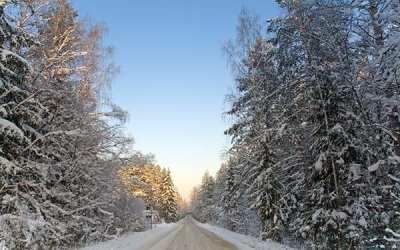 5 Ways to Enjoy a Kelowna Winter Drive
