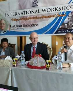 Seminar Internasional Peter Waterwarth