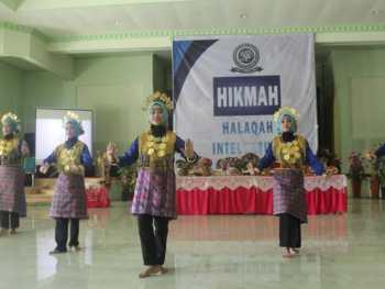 Pembukaan kegiatan Orientasi Kampus Halaqah Intelektual Mahasiswa (HIKMAH)
