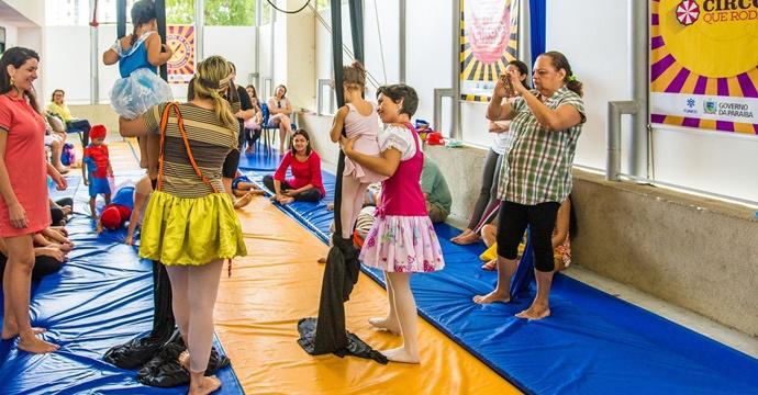 Funesc lança edital do Cardume 2018 para áreas de teatro, dança e circo