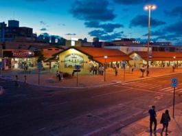 'Forró na Feira' leva forró de raiz aos turistas da Feirinha de Tambaú