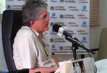 Governador Ricardo Coutinho anuncia aumento de 6,8% para professores da ativa e aposentados