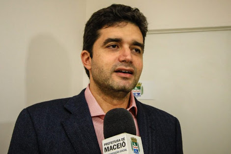 Dia do Fico II: Prefeito de Maceió se inspira em Cartaxo e desiste de disputar Governo de Alagoas