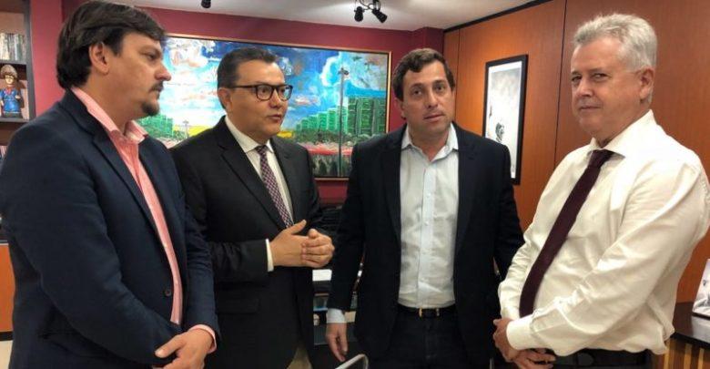 Em Brasília, Gervásio traça estratégias eleitorais com o presidente nacional do PSB