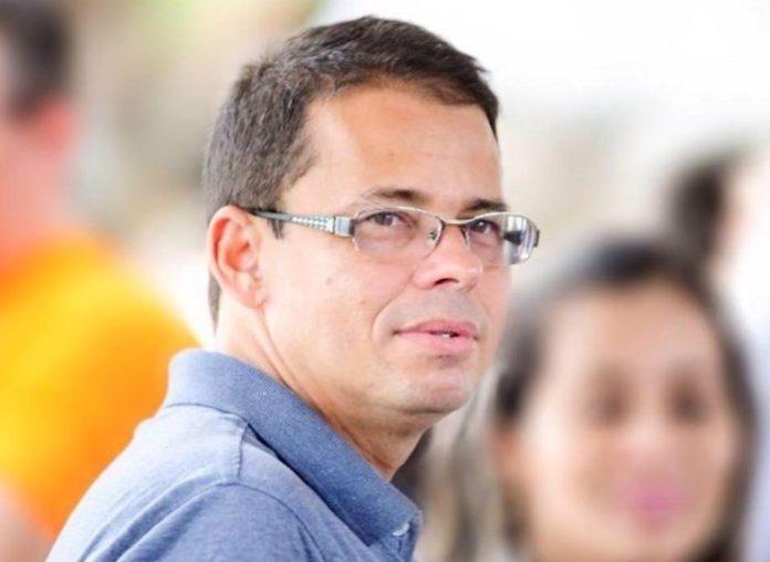 Promotoria de Bayeux enquadra Luiz Antônio e recomenda exoneração de contratados ilegais