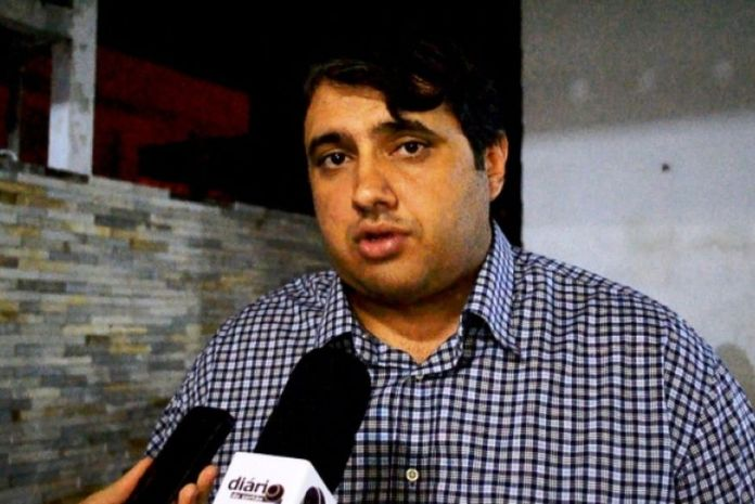 Ex-prefeito de Sousa, emedebista não garante apoio a José Maranhão