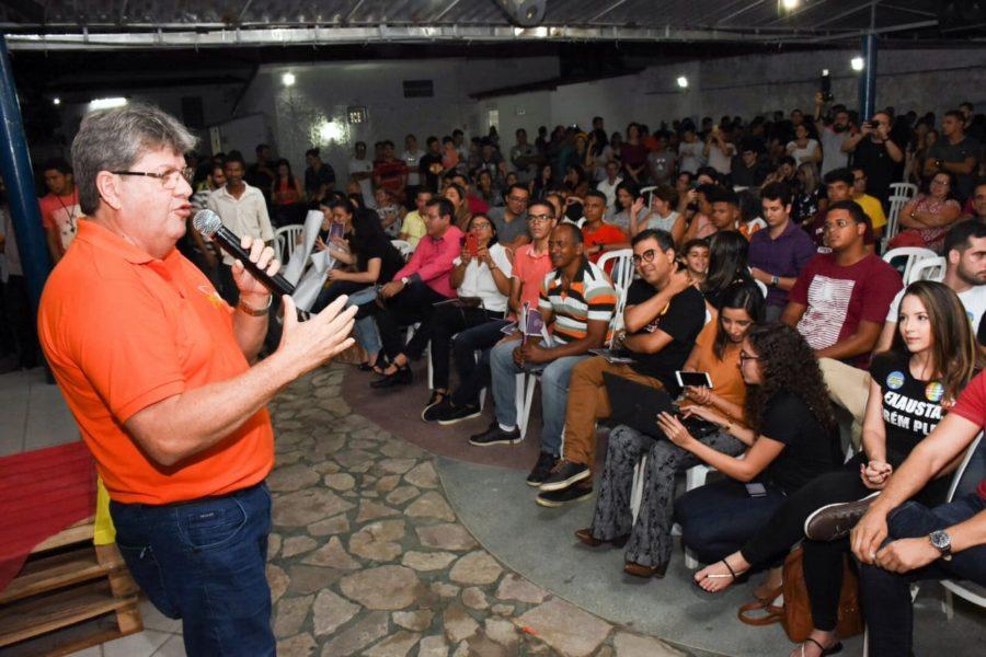 Encontro das Juventudes: João recebe apoio de 40 entidades e propõe ampliar Prima para as artes cênicas