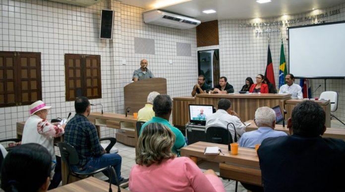 Vereadores de Cabedelo acionam Justiça para derrubar resolução que pode tornar Geusa prefeita