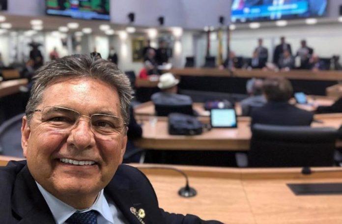 Por unanimidade, Adriano Galdino é eleito presidente da ALPB no primeiro biênio
