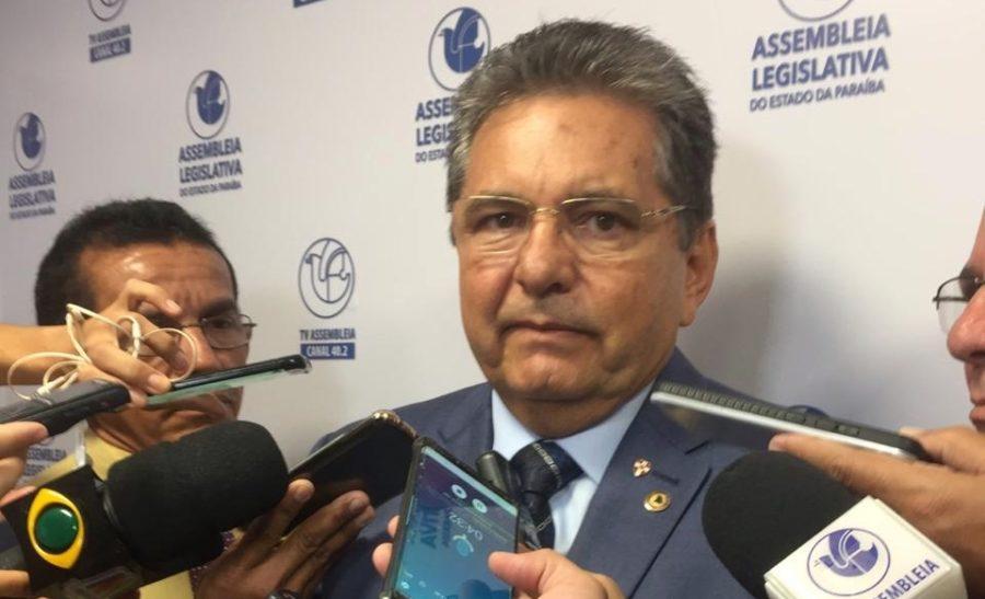 """""""Vamos enveredar pelo caminho da transparência"""", destaca Adriano Galdino"""