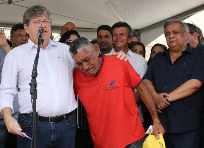 João entrega residencial popular beneficiando mais de 350 famílias