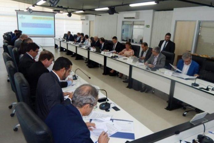 Presidente da Cagepa vai a Brasília debater mudanças na MP do Saneamento