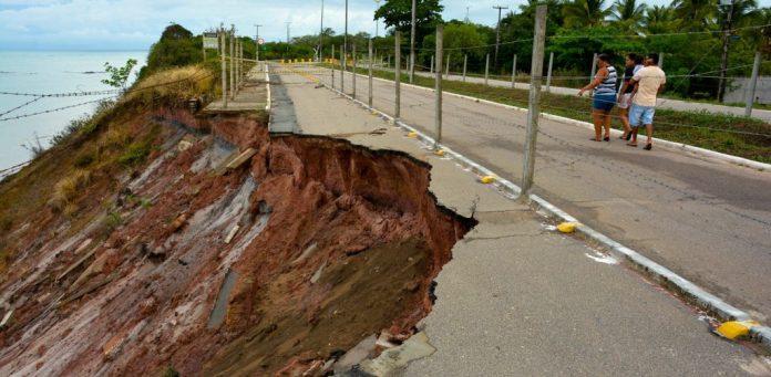 Cartaxo autoriza início de novas obras de contenção da barreira do Cabo Branco