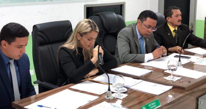 Assista: acompanhe ao vivo a votação do pedido de cassação do prefeito Berg Lima