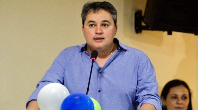 Partido de Efraim tenta filiar famosos para ampliar número de vereadores