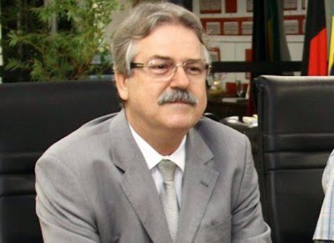 Ex-diretor da Cagepa nos governos Cássio e Ricardo morre com coronavírus