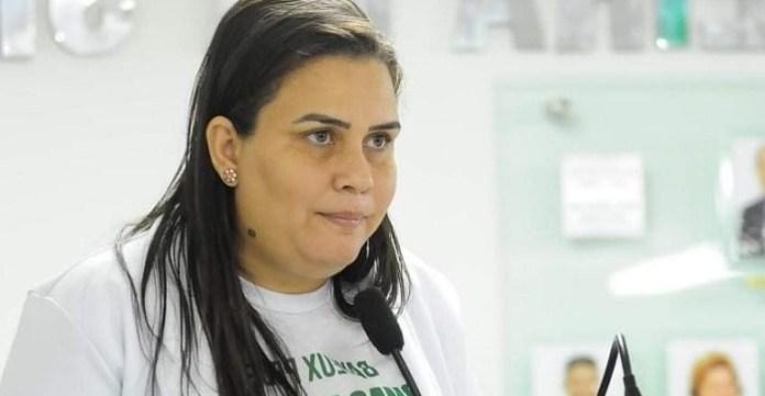 Justiça manda gestão de Luciene suspender processo para contratar servidores