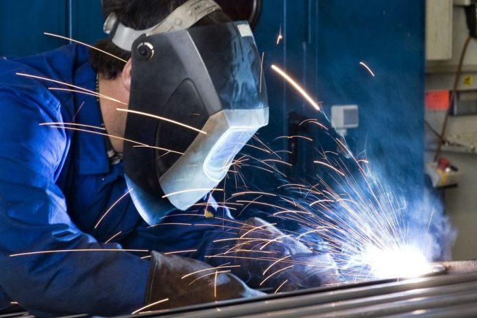 Micro e pequenas indústrias iniciam o ano com saldo negativo de vagas