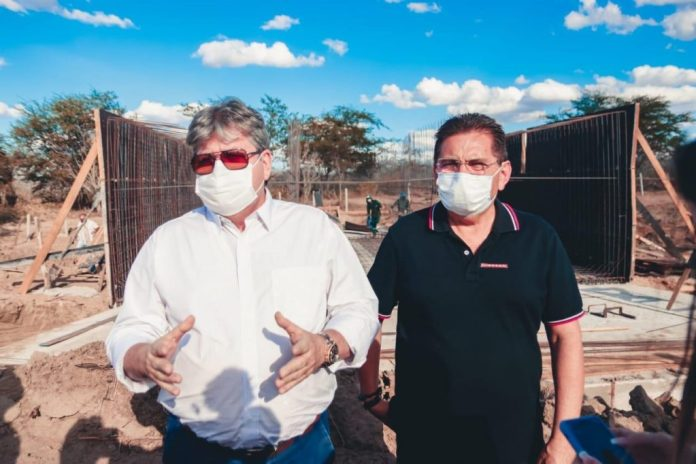 Adriano destaca iniciativa de João em ampliar leitos para tratar Covid na PB