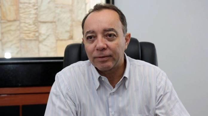 """""""Interpretações equivocadas"""", diz secretário sobre protesto da construção civil"""