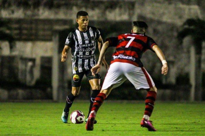 Campinense vence o Botafogo-PB nos pênaltis e vai à final do Paraibano