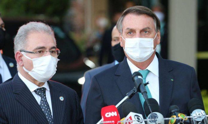Não uso de máscara: Bolsonaro muda o tom e diz que não quis coagir Queiroga
